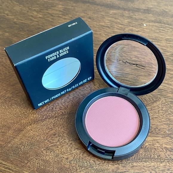 MAC Notable Powder Blush